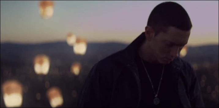 Eminem-Lighters-Baloon-Light